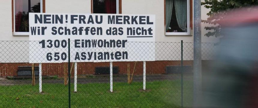 Protestní transparent v německém Vockerode
